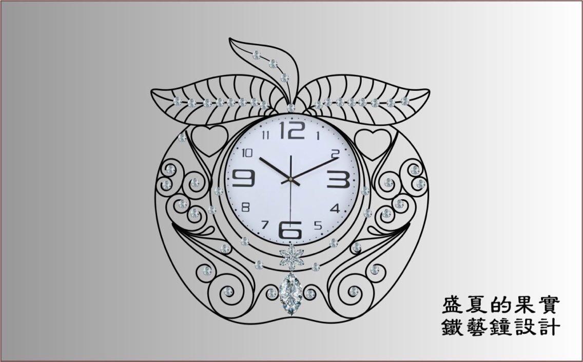 客厅装饰钟表
