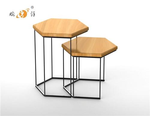 简约铁木椅子